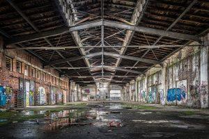 leere Werkhalle