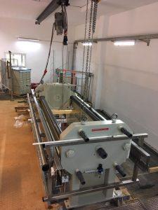 Montage Hybridpresse 800 in Wasserwerk